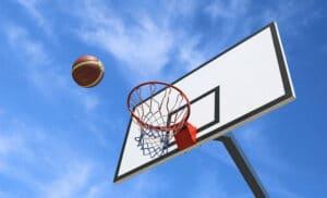 حلقه بسکتبال فضای باز