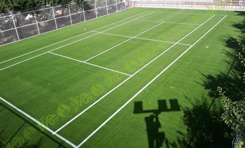 چمن مصنوعی و تنیس