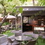 چمن مصنوعی کافه شهر کتاب 2