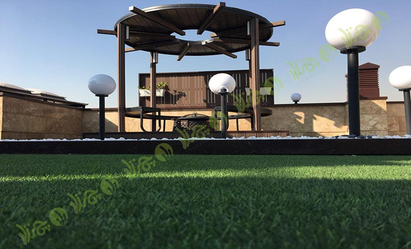 چمن مصنوعی سقف باغ اولنش 2
