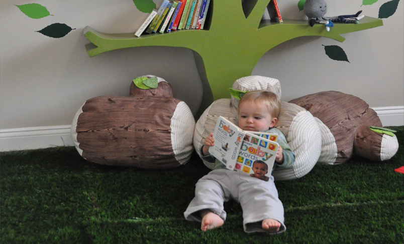 [تصویر:  artificial-grass-for-kids-room5.png]